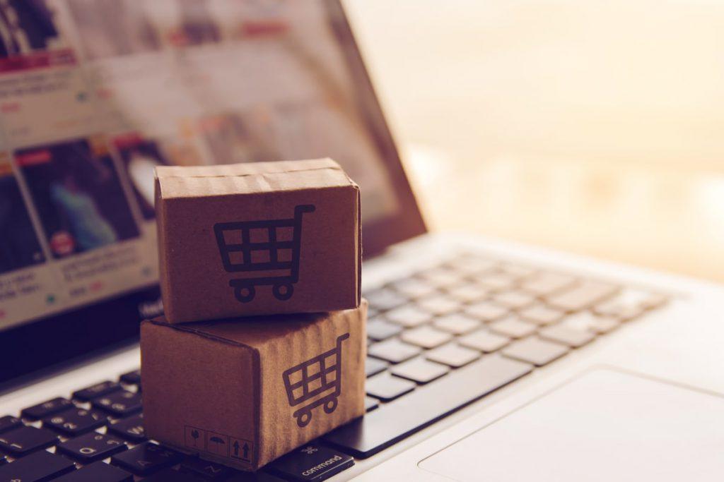 laptop produkty koszyki zapkupy marketing